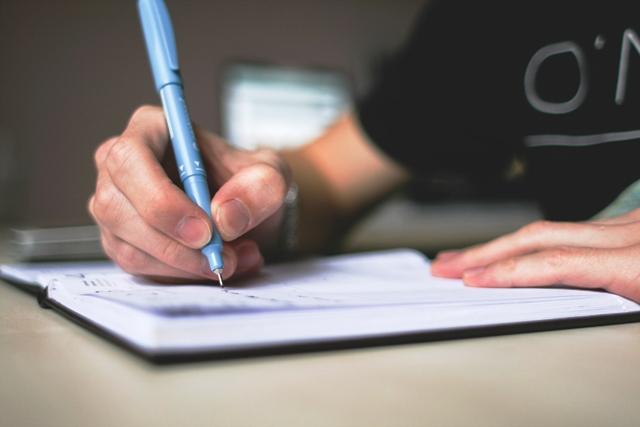 teknik menulis sampul surat lamaran kerja